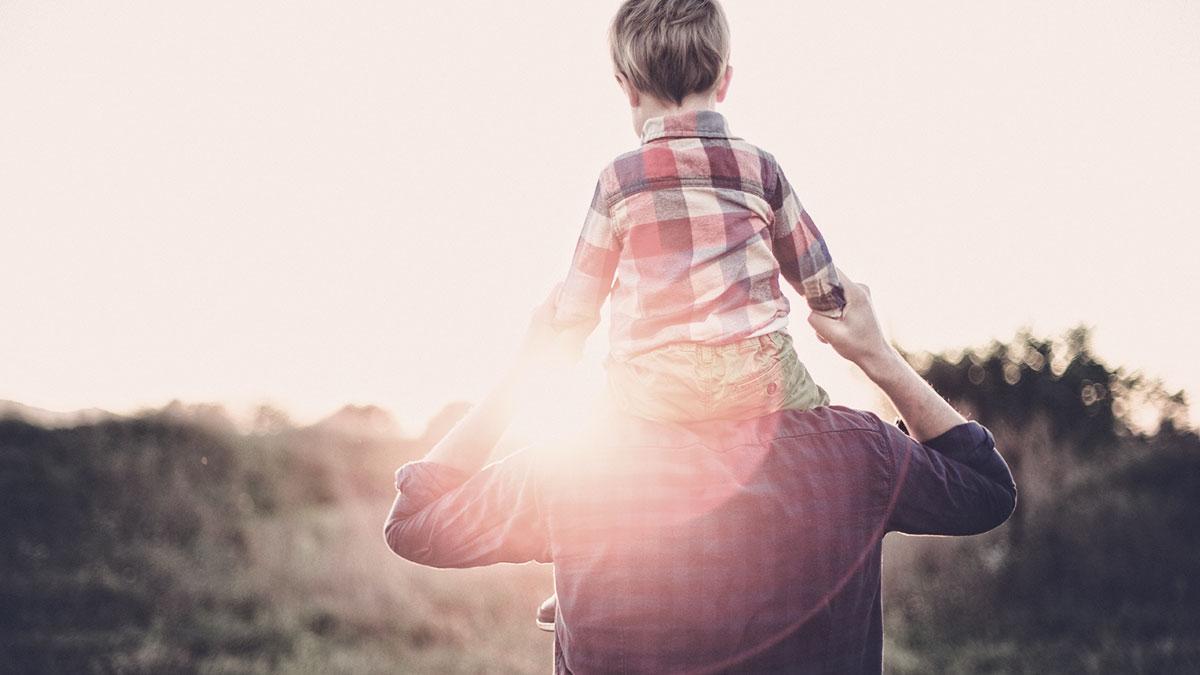 Far faar raadgivning i Moedrehjaelpen