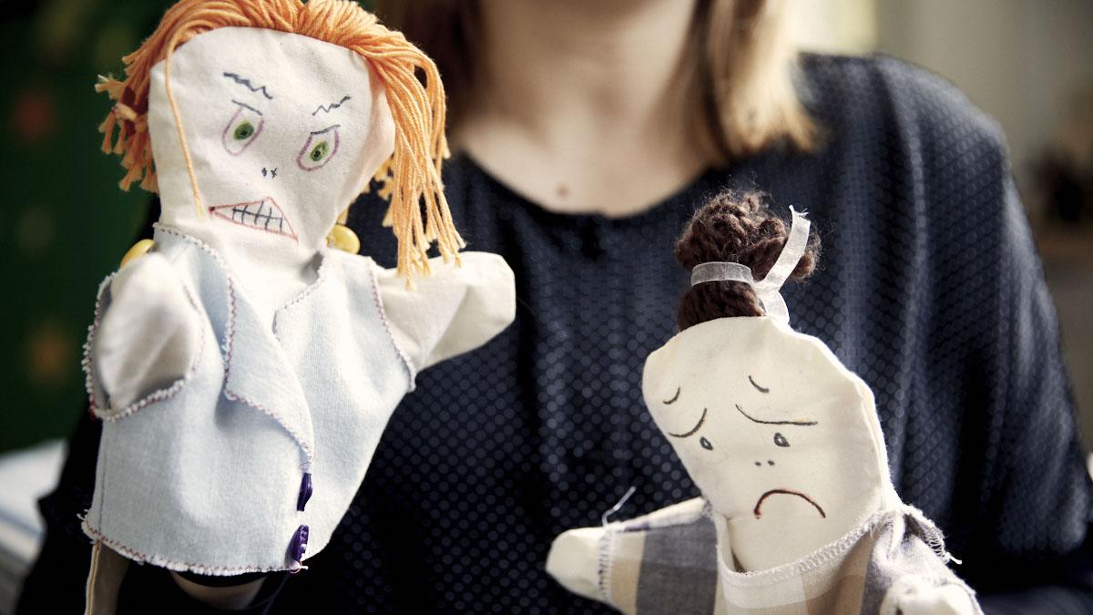 Vold-i-familier-voldsudsatte-skal-sikres-relevant-raadgivning-og-behandling-moedrehjaelpen
