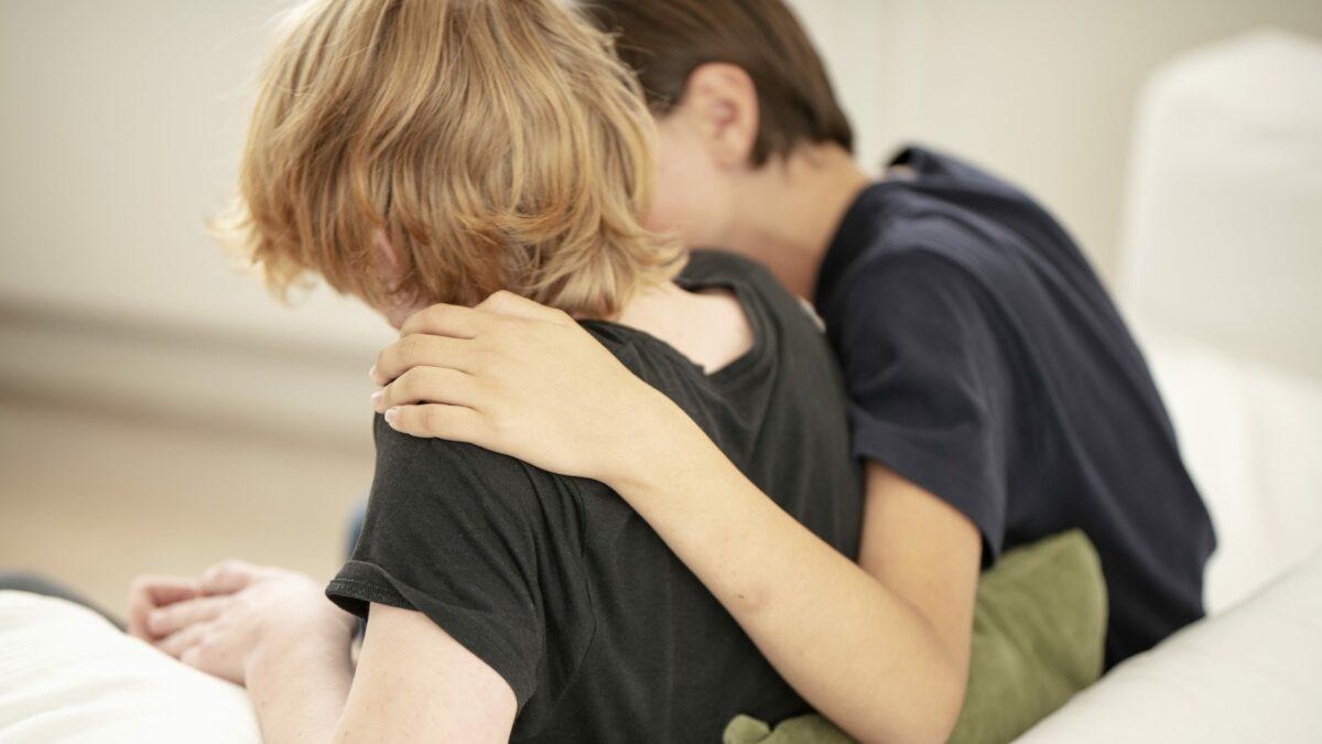 Mødrehjælpens kampagne skal hjælpe voldsudsatte børn.